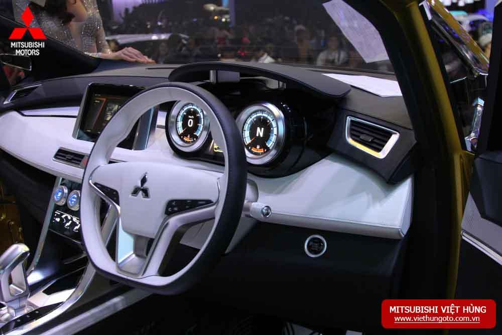 Mitsubishi XM - mẫu xe MPV đến từ tương lai tại VMS 2017